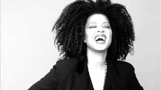 Watch Lisa Fischer Send The Message Of Love video