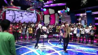 Video Anji feat Bottlesmoker - Ternyata Cinta live at Dahsyat.mp4 download MP3, 3GP, MP4, WEBM, AVI, FLV Oktober 2018