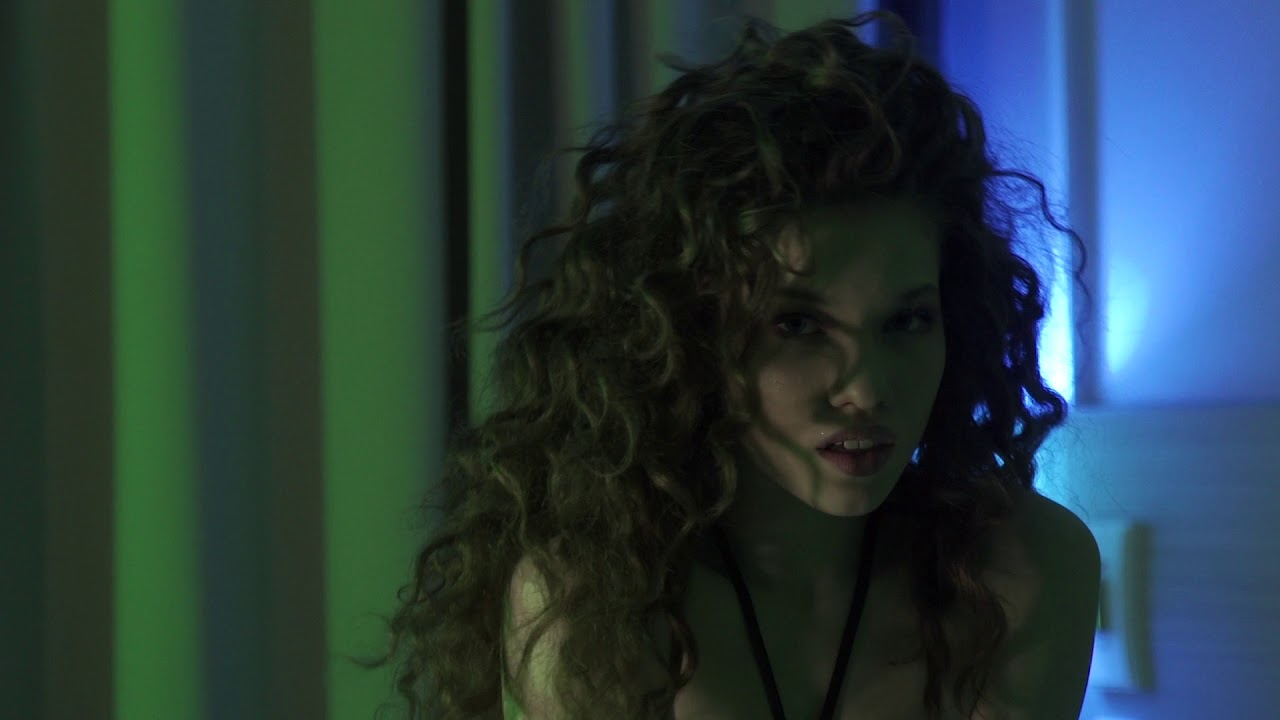 Александра наумова кристина асмус веб девушка модель фильм