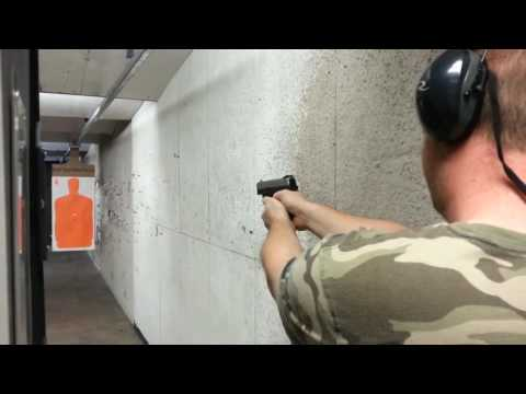 Smith & Wesson 9mm Sigma Shooting