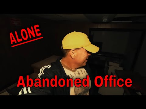 {30 Minute ALONE Challenge)  ABANDONED POLTERGEIST OFFICE. SOMETHING DID NOT WANT JOE HERE
