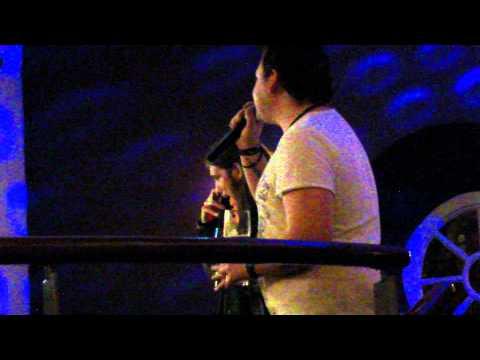 Canary Wharf Karaoke - Twist and Shout