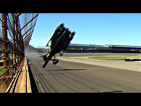 Castroneves and Mann's crash - 2015 Indy 500 practice