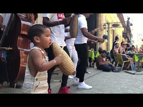 Little Cuban boy steals the show in Old Havana