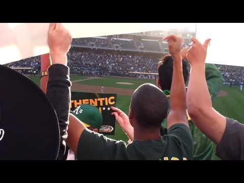 Josh Reddick Gold Glove Ceremony 4-12-13