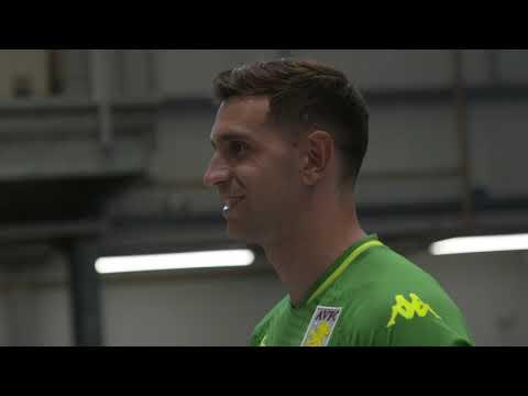 NEW SIGNING   Emiliano Martínez joins Aston Villa