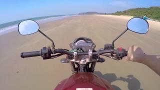 Катаемся на байке по пляжу в Гоа | Индия 9(Уехав на север штата Гоа мы нашли пустынный пляж