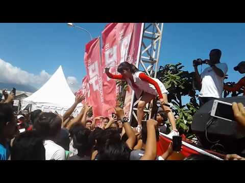 Turun Naik Goyang hot Ala Dj Una  di Manado