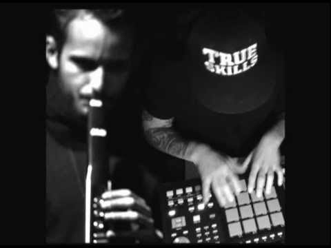 Breakstarr & Luigi Di Nunzio - Soulution
