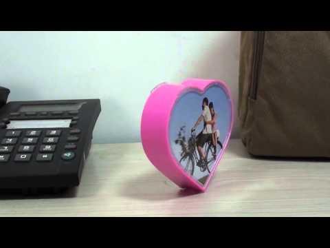 heart-shape-amazing-rotating-digital-photo-picture-frame