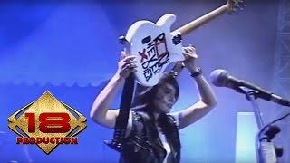 Download KOTAK - BERAKSI ... (LIVE KONSER CIREBON 14 NOVEMBER 2013) Mp3
