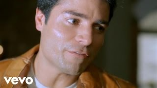 Watch Chayanne Candela video