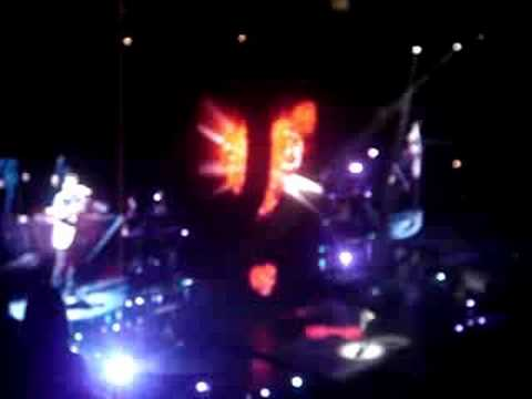 George Michael Opening song at United Center Chicago 08