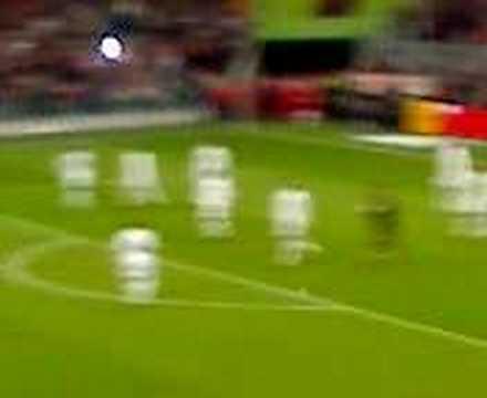Bayern Munich v Aberdeen (21/02/2008) Daniel Van Buyten goal