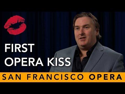 Opera Kiss - Simon O'Neill