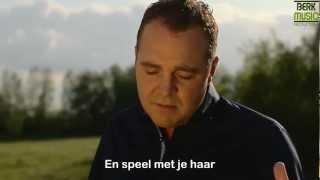 Grad Damen - Lach Nog Heel Even- TEKST - ondertiteld  [www.lucien51.nl]