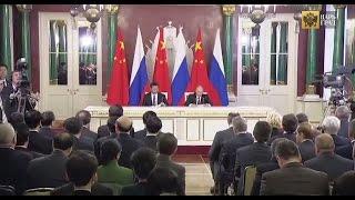 Рубль и юань выдавливают доллар и евро