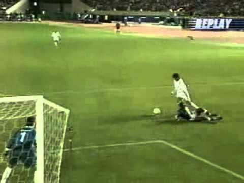Golazo de Raul Real Madrid vs Vasco da gama 2 1  Final Intercontinental
