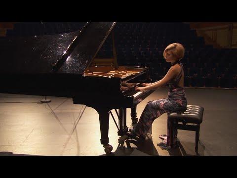 Bach-Busoni Chaconne - Beatrice Berrut, Piano