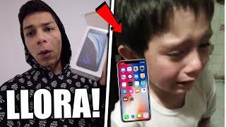 ¡LE REGALO UN iPhone a un SUSCRIPTOR por SORPRESA y NO CREERÁS SU REACCIÓN! *épico*