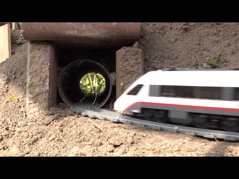 Garden Railway Lego train 60051 from YouTube · Duration:  2 minutes 17 seconds