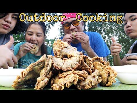 OUTDOOR COOKING | Masarap na CHICHARONG BULAKLAK + MUKBANG! | Filipino Food | Mukbang Philippines