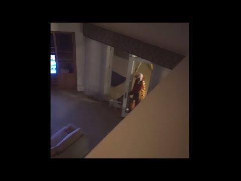 Clown verstopt zich in mijn huis..