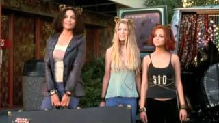 Josie and the Pussycats Official Trailer #1 - Alan Cumming Movie (2001) HD