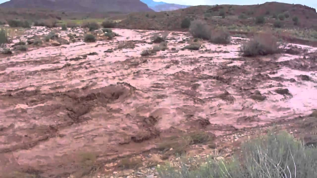 Flash Flood In The Moab Desert Youtube
