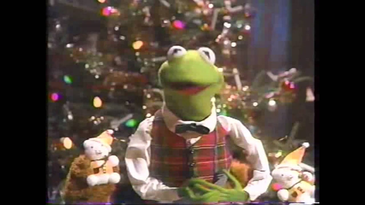 a muppet family christmas family commentary - Muppets Family Christmas