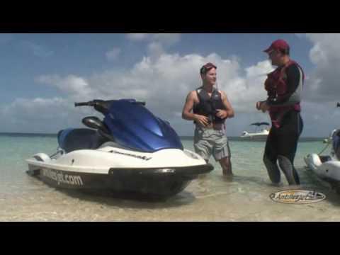 Jet ski B - Jet ski dans grand cul de sac marin guadeloupe