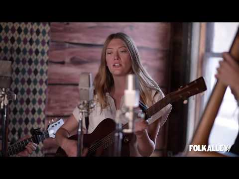 """Folk Alley Sessions: Lula Wiles - """"Hometown"""" Mp3"""