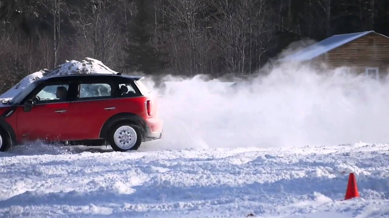 Mini Countryman S All4 In The Snow Youtube