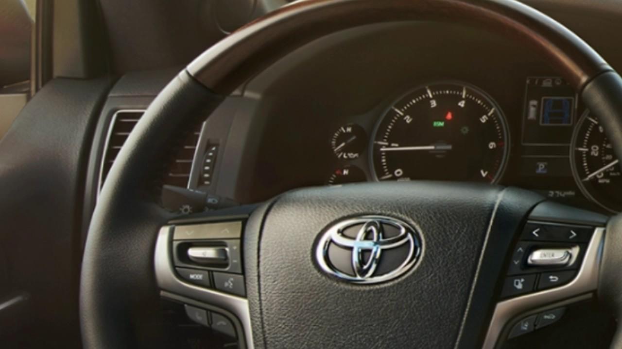 2017 Toyota Land Cruiser Interior Youtube