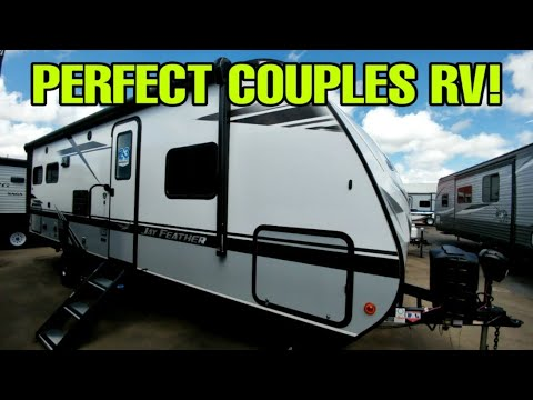 EXTREMELY Nice Couples Travel Trailer RV! Jayco Jay Feather 24RL!