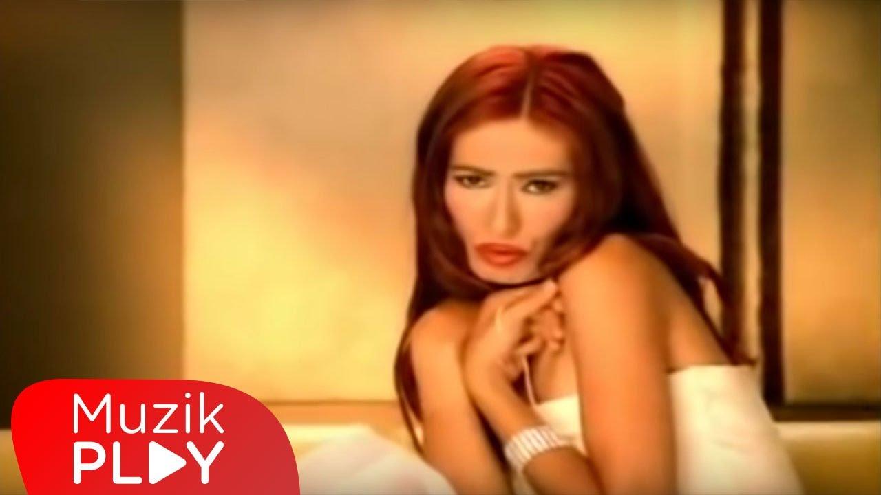 Download Yıldız Tilbe - Çabuk Olalım Aşkım (Official Video)