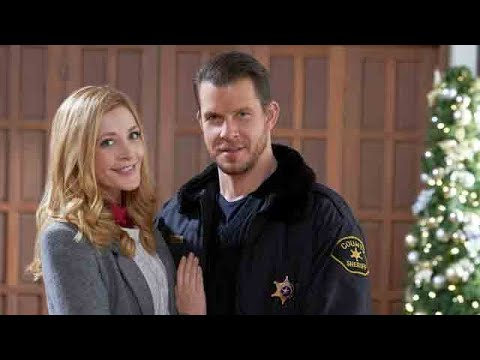 Christmas At Holly Lodge Cast.Behind The Scenes Welcome To Christmas Hallmark Channel