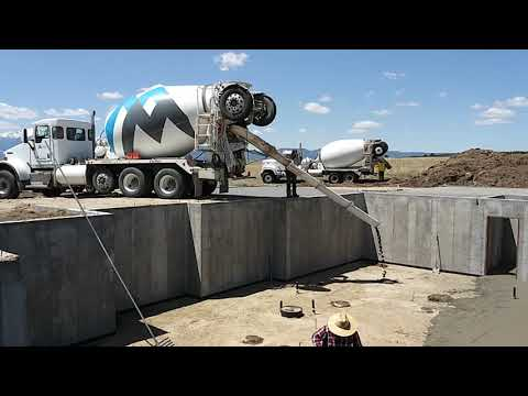 Basement concrete pouring - 2nd truck - 05/03/2019