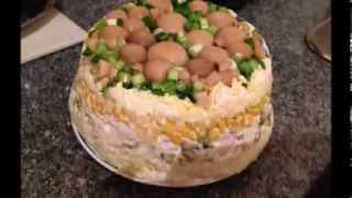 кулинарный рецепт красивый праздничный  салат грибная поляна