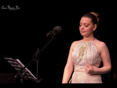 Raluca Elena Burlan - canto clasic, soprana de coloratura