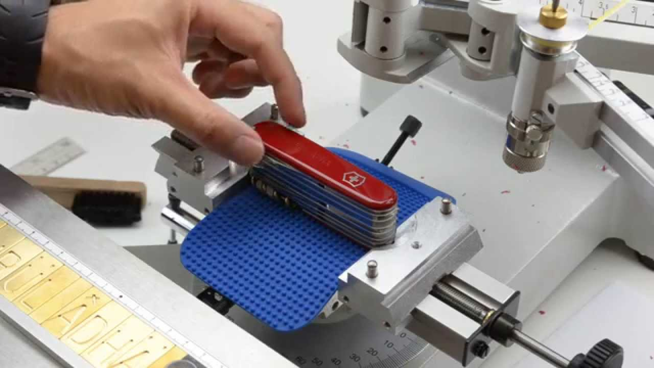 Victorinox Malaysia Engraving With Gravograph Im3 Youtube