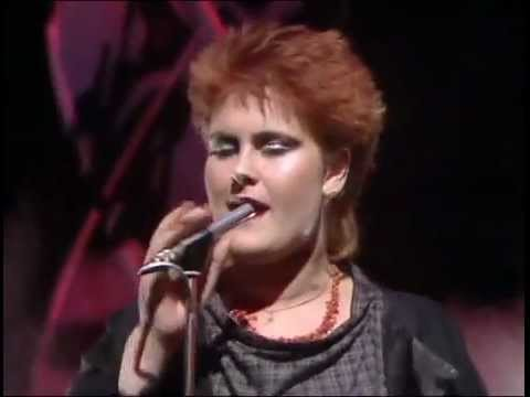 Don't Go (Live TOTP 1982 Second Perfomance)