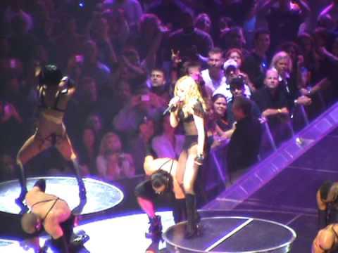 Madonna 24 November 2008 Vogue