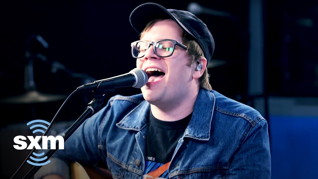 fall-out-boy-s-patrick-stump-performs-an-acoustic-cover-of-no-tears-left-to-cry-by-ariana-grande-sir