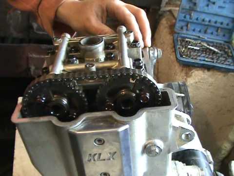 01 Dismantling Engine Kawasaki Klx 650g