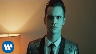 Смотреть клип Panic! At The Disco - Miss Jackson Ft. Lolo