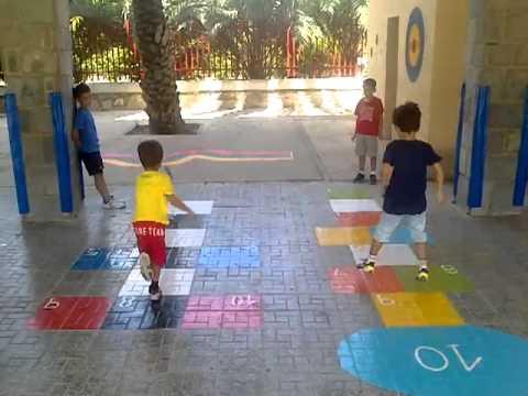 Con mi pap juegos en el suelo del colegio ii youtube - Cojines gigantes para el suelo ...