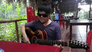 Phước Bến Tre hát giả giọng thật tuyệt vời / cuộc gặp mặt của đôi bạn sau 25 năm / Ốc Dừa 031