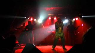 "Capleton ""Mama You Strong"" Live"