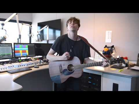 Alternative CHRISTYosities Featuring Barns Courtney Part 2